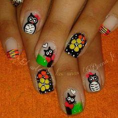 Gatito y florecita Summer Nails, Cute Wallpapers, Cute Nails, Ladybug, Nail Designs, Nail Art, Beauty, Triangles, Charity
