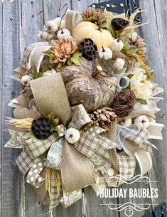 Fantastic Images Fall Wreath tulle Concepts The autumn time of year delivers by it comfortable strong shades, feathery vegetation and plenty of Thanksgiving Wreaths, Autumn Wreaths, Holiday Wreaths, Wreath Fall, Holiday Decor, Autumn Decorations, Twig Wreath, Tulle Wreath, Fall Hanging Baskets