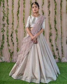 10 Fashionable Styles of Wearing A Dupatta Indian Gowns Dresses, Indian Fashion Dresses, Dress Indian Style, Pakistani Dresses, Indian Sarees, Indian Outfits, Half Saree Designs, Lehenga Designs, Latest Bridal Dresses