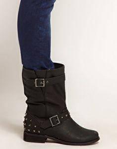 Boisterous Studded Biker Boots