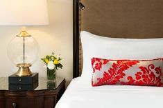 Booking.com: Resort Fairmont Château Lake Louise , Lake Louise, Canada - 944 Guest reviews . Book your hotel now! Banff National Park, National Parks, Fairmont Chateau Lake Louise, Park Around, Canada, Bed Pillows, Home Decor, Homemade Home Decor, Banff National Parks