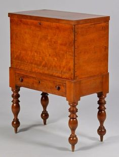 Davis Cabinet Co Lillian Russell Pair Of Lyre Bedside