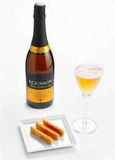 Ecusson. Cidre Bouche. Французский сидр из Бретани. Обнаружен в магазинчике АльтаВина на Казанской улице.