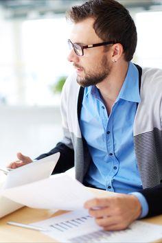 Echipa noastră de experți în strategie își fac timp să înțeleagă situația afacerii tale, obiectivele de afaceri și pofta de risc înainte de a recomanda orice acțiune. Spre deosebire de mulți alți consultanți în strategie, și noi suntem practicieni, așa că suntem la fel de confortabili să vă ajutăm să implementați recomandările convenite și să vă susținem ulterior pentru a ne asigura că beneficiile așteptate vor fi furnizate ... integral! Alternative