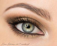 golden bronze eyeshadow