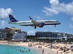http://StMaarten.co #SXM #JetBlue Blueberry landing