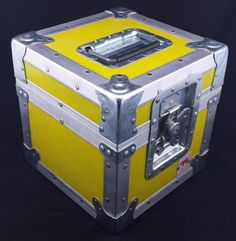 """Jan-al yellow cube #equipment ata flight road case #10.5"""" x #10.5"""" x 11"""" #steampun, View more on the LINK: http://www.zeppy.io/product/gb/2/262698562598/"""