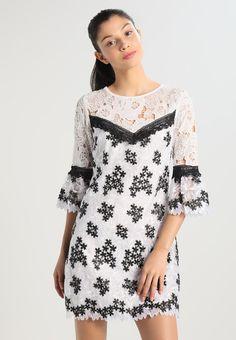 Miss Selfridge Sukienka koktajlowa - white - Zalando. Miss Selfridge, Summer Outfits, Tunic Tops, Black And White, Ideas, Women, Fashion, Black White, Moda