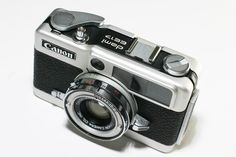 PrismYard.com // Canon Demi EE17