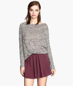 This whole outfit....  http://www.hm.com/us/product/26134?article=26134-C&cm_mmc=pla-_-us-_-ladies_skirts_short-_-26134&gclid=Cj0KEQjwr-KeBRCMh92Ax9rNgJ8BEiQA1OVm-GG82VfU865rFEjLYZIIqXcIN8WFnmcRhLAv7dHEX2QaAjpX8P8HAQ  http://www.hm.com/us/product/31882?article=31882-A&cm_vc=GOES_WITH_PD#