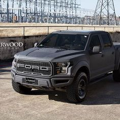 Just finished up this awesome new 2017 Raptor!    #starwoodmotors #starwoodcustoms #ford #2017 #fordraptor #bentleygray