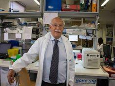 Entro il 2015 saranno forniti un milione di dosi di vaccino Napoli, 6 ottobre – E' interamente napoletano il progetto di ricerca scientifica che ha sviluppato il brevetto per il vaccino ...