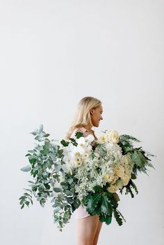 I can't stop staring at this gorgeous image of overflowing greenery and florals from Luisa Brimble! Absolute perfection in every way. Happy Sunday!