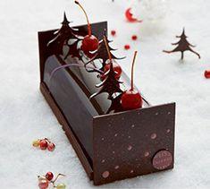 Christmas Gifts Chocolate Navidad, Chocolate Christmas Gifts, Chocolate Art, Christmas Cupcakes, Christmas Desserts, Christmas Treats, Christmas Baking, Decoration Patisserie, Dessert Decoration