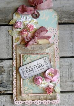 piabau: Vintage tag Shabby Chic Cards, Handmade Gift Tags, Candy Cards, Paper Tags, Artist Trading Cards, Vintage Tags, Pretty Cards, Card Tags, Tag Art
