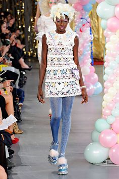Meadham Kirchhoff Spring 2012 RTW - Review - Fashion Week - Runway, Fashion Shows and Collections - Vogue