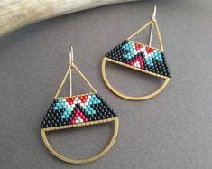 Metria Earrings. Halfmoon Brass Earrings Seed Bead Earrings | Etsy Seed Bead Earrings, Diy Earrings, Seed Beads, Seed Bead Art, Pillow Box, Brick Stitch, Bead Weaving, Beaded Jewelry, Brass