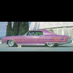 Here's one cool Monte Carlo lowrider. It was actually painted by the legendary Arthur 'Crazy Art' Fullington. Gotta love that paint job! #70scarculture #Chevy #MonteCarlo #CustomPaint #CrazyArt #Lowrider #Truespokes #Vintage #70s #ImperialsCC