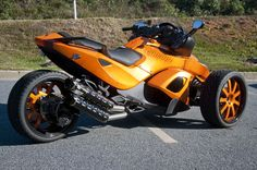 Good Looking Can Am Spyder. See our Can Am Spyder Tire Pressure monitoring systems http://www.tpms.ca/CAN-AM,-TRIKE.html