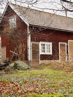 Anna Tгuelsen ίnгednίngsstylίst Weekend House, She Believed She Could, Interior Stylist, Abandoned Houses, Anna, Stylists, Shed, Farmhouse, Exterior