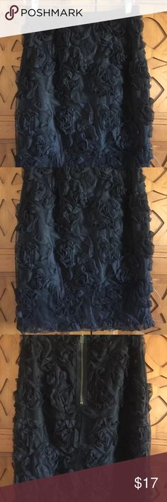 Beautiful Anthropologies Weston wear skirt medium All my items come from a smoke/pet free home and are either new or in EUC unless noted. All proceeds from my sales are for my 2 kids college funding so thank you in advance.   I'll be listing lots of name brand items so follow my page for great savings. Weston Wear Skirts Pencil