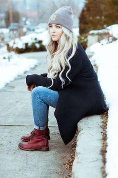cool Модные шапки осень-зима 2017 — Лучшие идеи (50 фото) Читай больше http://avrorra.com/modnye-shapki-osen-zima-foto/