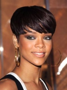 Bowl Haircuts for Women | Best Celebrity Hairstyles to Inspire You