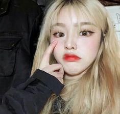 Korean Aesthetic, Aesthetic Girl, Himiko Toga, Ulzzang Korean Girl, Uzzlang Girl, Just Girl Things, Wattpad, Girls Makeup, Cute Hairstyles