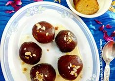 Great recipe for Khoya Gulab jamun. Khoya gulab jamuns are soft,spongy and juicy balls dipped in sugar syrup. It's one of the the most popular Indian sweets and a must on Holi. So serve your guests this delicious sweet and enjoy Holi. Holi Sweets, Holi Recipes, Jamun Recipe, Holi Special, Gulab Jamun, Indian Sweets, Happy Holi, Great Recipes, Cooking