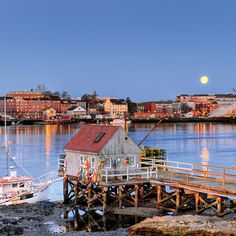 America's Happiest Seaside Towns 2015: Portsmouth, New Hampshire. One of the nation's oldest cities, this thriving seaport on the Piscataqua River boasts remarkable riches and is still incredibly welcoming to visitors and new residents alike. Photo: David J. Murray/Courtesy of CVB. Coastalliving.com