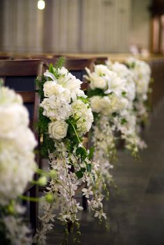 church wedding decorations gorgeous white roses for church aisle walters walters - Wedding Planning for Beginners - Small Church Weddings, Church Wedding Decorations Aisle, Wedding Church Aisle, Wedding Pews, Wedding Bouquets, Wedding Flowers, Decor Wedding, Wedding Receptions, Wedding Centerpieces