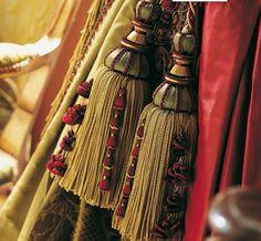 Collection Antica : passementerie, haut de gamme, embrasse, galon