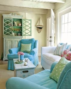12 Small Coastal Living Room Decor Ideas with Great Style - Coastal Decor Ideas Interior Design DIY Shopping From the Classic Coastal beach cottage look, to shabby chic, to casual elegance, these small coastal living rooms embrace coastal cozy with. Decor, Farm House Living Room, Cottage Style, Home, Coastal Living Room, Beach House Decor, House Interior, Coastal Decorating Living Room, Cottage Living Rooms