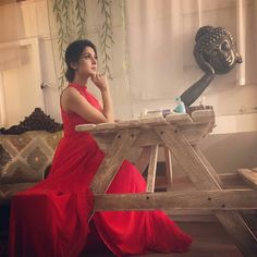 Jennifer Winget is walking the Cannes red carpet? Check out LATEST pic! - Hold your breath! Bepannaah actress Jennifer Winget is having her own little 'Cannes' moment! Jennifer Winget Beyhadh, Cute Girl Pic, Stylish Girls Photos, Beautiful Girl Image, Beautiful Couple, Beautiful Actresses, Indian Beauty, Bollywood Actress, Indian Actresses