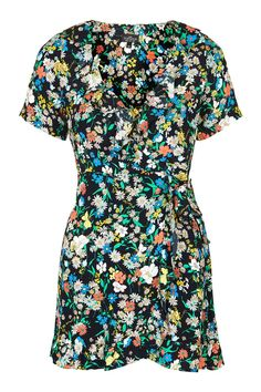 This floral dress just screams summer.