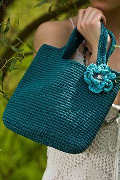 single crochet bag with flower | Flickr: Intercambio de fotos