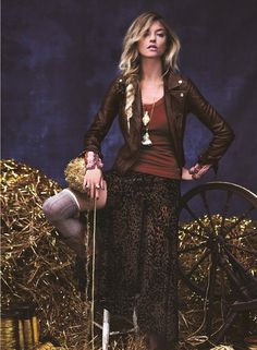 Free People Holiday Fairytales Lookbook November 2012 featuring Martha Hunt and Anais Pouliot