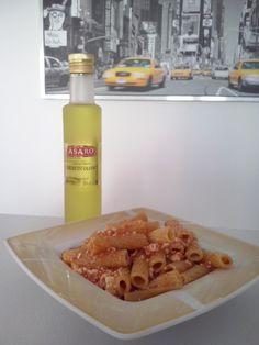 """#Rigatoni al #pomodoro, #ricotta fresca e #olio al #tartufo!  """"Rigatoni"""" pasta with fresh tomatoes, fresh ricotta cheese and #truffle #oil. Unique flavor!  Buon appetito!  Truffle Oil now available at:  https://store.sicilianflavors.com/english/olive-oil/extra-virgin-olive-oil/asaro-extra-virgin-olive-oil-from-sicily-flavored-with-white-truffle-250ml.html"""