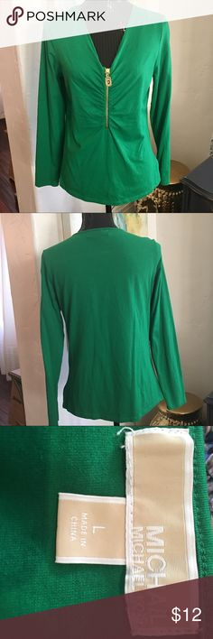 Michael Kors top, size L in great condition Michael Kors top size Large, great condition KORS Michael Kors Tops Blouses