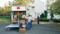 Fewer Americans are moving around the country to pursue new work opportunities, as better job prospects near home and changing family ties make people less willing to uproot their lives. Moving Organisation, House Movers, Movin On, Work Opportunities, Packers And Movers, Removal Services, Professional Services, Property Records, Find Property