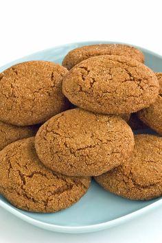 Big Soft Ginger Cookies Recipe #gingercookies #ginger #cookie #cookies #baking #holiday #christmas #christmascookies #christmasbaking #cookieexchange #holidaybaking #recipe #recipes #kitchme #dessert #dessertrecipes