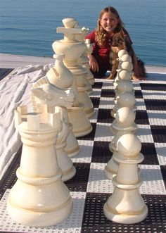 Giant chess in the backyard with my kids = fun! Kids Fun, Cool Kids, Giant Chess, How To Play Chess, Art Through The Ages, Chess Pieces, Game Pieces, Kids Wood, Beautiful Homes
