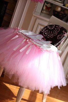 Tulle Highchair Skirt...um, YES!!