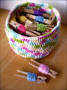 Pretty way to store yarns and threads. #simple