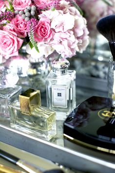 Pretty yet functional way to show off makeup and perfume. So pretty Just Girly Things, Bandeja Perfume, Coco Chanel, Chanel Beauty, Tout Rose, Glamour Decor, Nordstrom Beauty, Vanity Tray, Beauty
