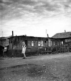 Robert Doisneau. Ivry Shantytown 1946