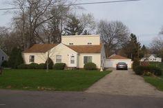 1448 Mullins Ave NW, Grand Rapids, MI 49534