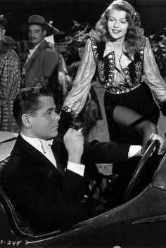 Glenn Ford & Rita Hayworth ~ Gilda, 1946 I love this movie!