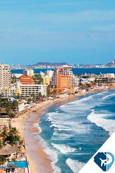 """Mazatlán, Sinaloa mejor conocida como """"La Perla del Pacífico"""" es un increíble destino de playa en el estado de Sinaloa que en 2007 fue considerada una de las 13 maravillas de México hechas por el hombre,"""