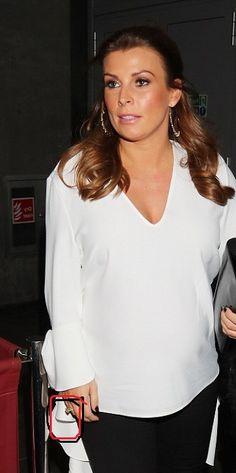 Coleen Rooney Shares Honest Post About Forgiving Husband 's Infidelity